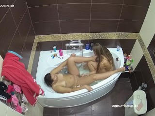 Two Lesbians in Fetish Bathtub Play With Finger bang & Foot suck
