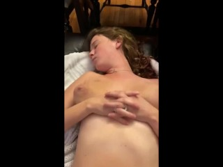 I like her bouncing knockers met on FUCK MET