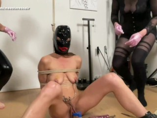 DESTRUCTION OF THE PUSSY!! She get's utilized by 2 domina's (FFF) (Dutch spoken, complete film on MH)