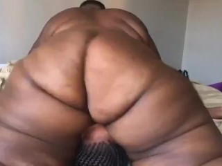 Ebony bbw using lady's face