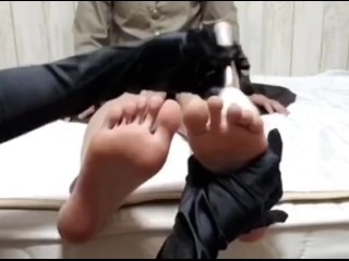 Lesbian lady sole tickle