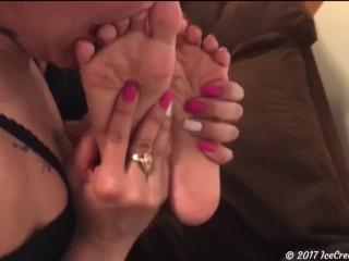 (IceCreamFeet AKA Alexia Ramsey) Lesbian Latina Foot Worship