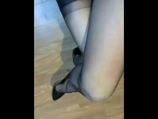 Trans Stepmom is sexy and death for some skinny holes