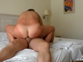 Attractive Mature Mother Love Anal Fuck with Creampie