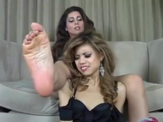 Jasmine's Toes Scent Extraordinarily Funky