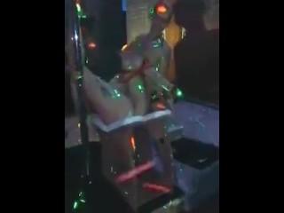 lesbo display con Monica Maserati e Leave out Mina