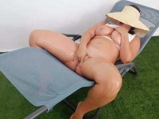 Tight Pussy Youngster Squirts Like a Fountain
