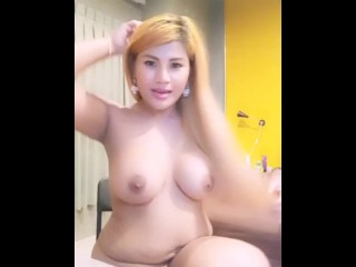 Plump Lady Thai Display Boobs