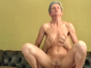 mature thin mother suck and fuck younger boy's cock