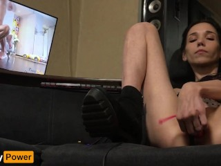 Attractive attractiveness masturbates and watches Lana Rhoades