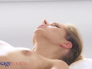 Therapeutic massage Rooms Large naturals brunette Sofia Lee lesbian orgasms with Kinuski