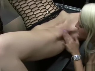 Lesbians Licking Each and every Different's Pussies in entrance of Crowd at Venus Berlin