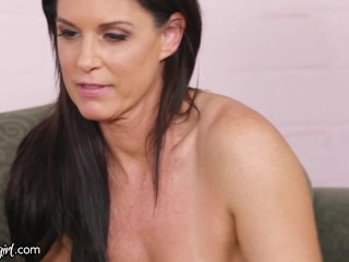 MommysGirl Aidra Fox's Stepmom Invitations Her Previous Pal For A Amusing Women' 3-Manner