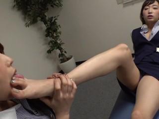 jap lesbian foot worahip