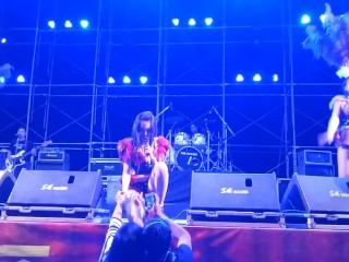 Are living live performance attractive dance Thai lady