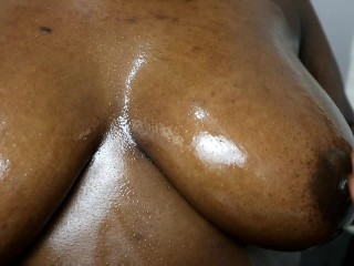 BIG TITS EBONY BBW CUMS SO HARD PLAYS WITH HER OILED BOOBS  MASSAGE PORN