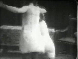 """""""Dressage au Fouet"""" (Elevating with the Whip)  1930 French  Fetish  Movie"""