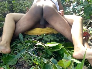 Indian Milf Fucked By way of Part Age Boy In Farmhouse आधे उम्र के लड़के से चुद गई फार्महाउस पर