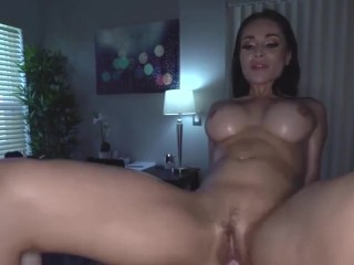 sexual busty russian crystal rush will get oil therapeutic massage