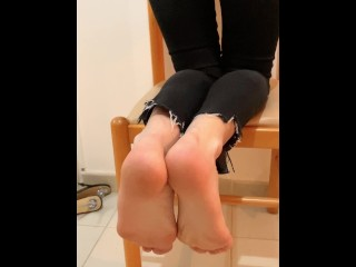 Lick my ft ! Foot fetish