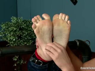 Vendula's Ticklish Ft