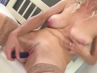 attractive outdated mother with baggy titties and thirsty vagina