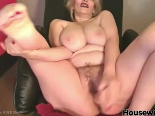 American mature lady Chadford with massive titties and bushy cunt