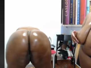 Ebony ssbbw masturbation