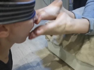 Suck my feet and lick my ft, slave woman! (TRAILER)