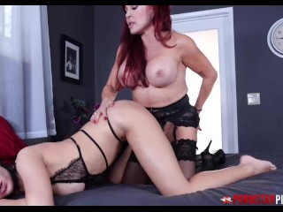 PORNSTARPLATINUM MILF Horny Vanessa Makes use of Strap On For Babe