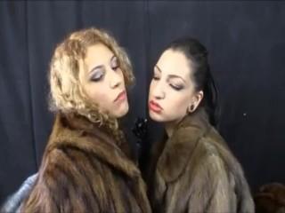 cybill troy lesbian smoke switch
