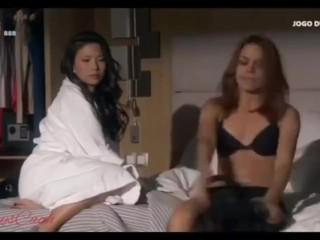 Korean woman lifts and kiss scorching Spanish woman lesbian
