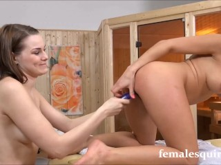 SQUIRTING HEEEAVEN WITH NICOLE VICE & BECKY BERRY!!!