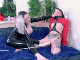Lesbian 4k video with backstages, sizzling play bdsm fetish with hitachi orgasms
