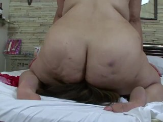 BBW Ruby – Facesitting with Slave Fefe