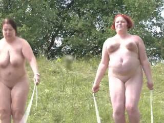 Userwunsch – 2 Lesben beim Seilspringen