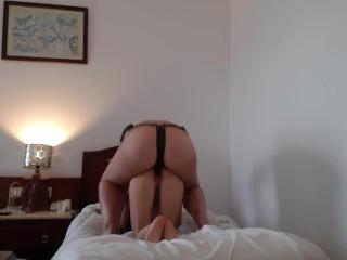 puppy taste in a resort room – IkaSmokS