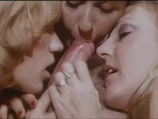three LESBIANS HANDJOB BLOWJOB CUM – movie star pussy licking, cumshot – VINTAGE GIRLS lick vagina cum mouth
