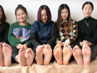 chinese language lady toes faculty 35 unfastened