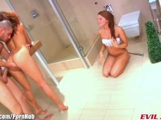 EvilAngel Ass Gaping Threesome With Two Sizzling Lesbians