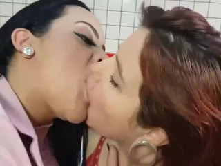 Does any individual have this video karina grimy kisses put up on pornhub
