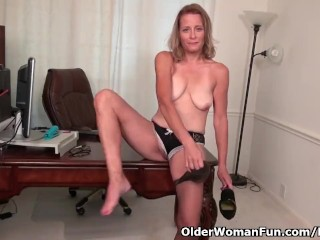 American milf Jayden means that you can revel in her butterfly labia