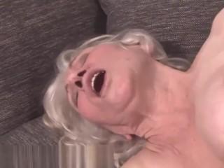 Obese grandma jizzed on bushy pussy