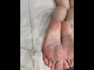 My horny scorching toes